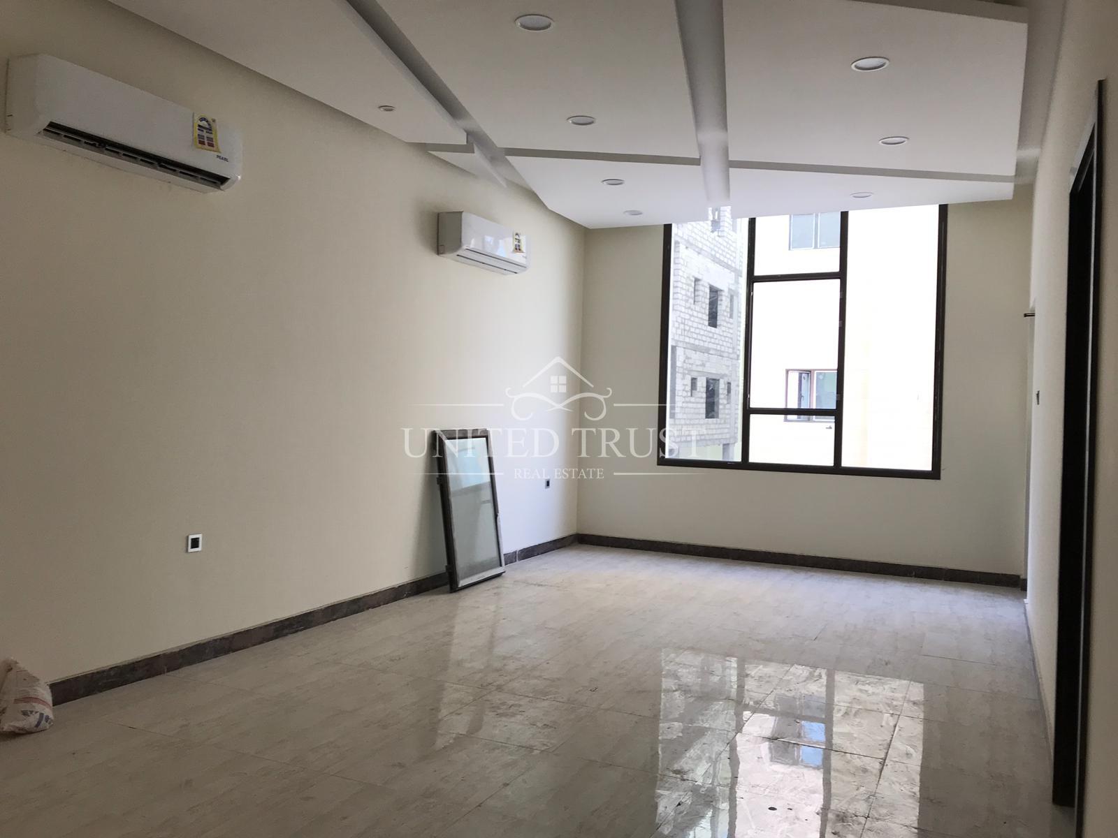 For sale a new 4 bedrooms flats in Hidd Ref: HID-AZ-009