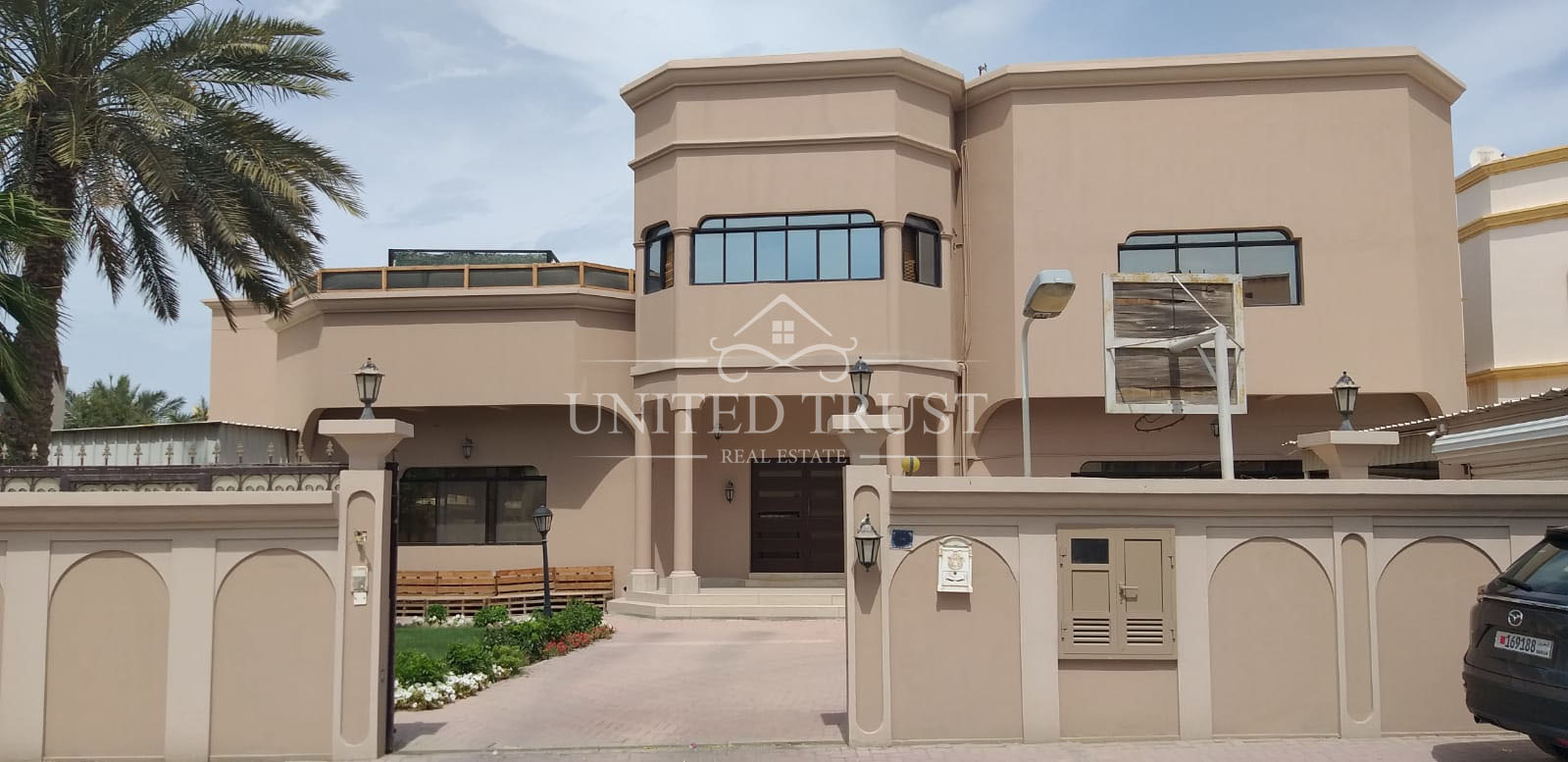 For sale  villa in Jerdab,prime location Ref: JUR-AB-012