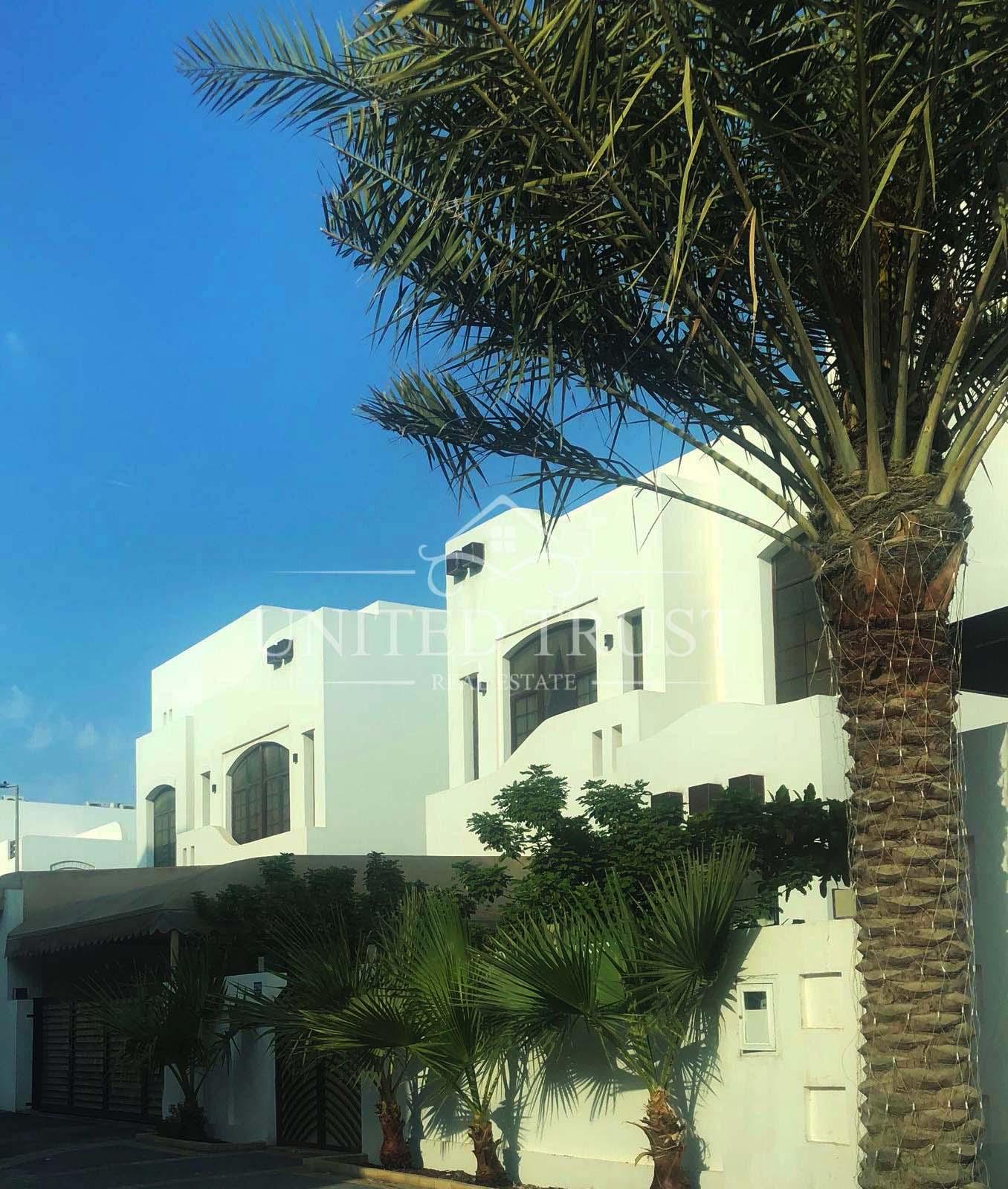 For sale beautiful modern villa  In wahat al Muharraq qalali  Ref: QAL-MB-008