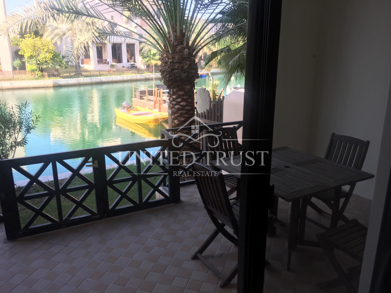 For sale villa in Amwaj floating city Ref: AMW-AB-027