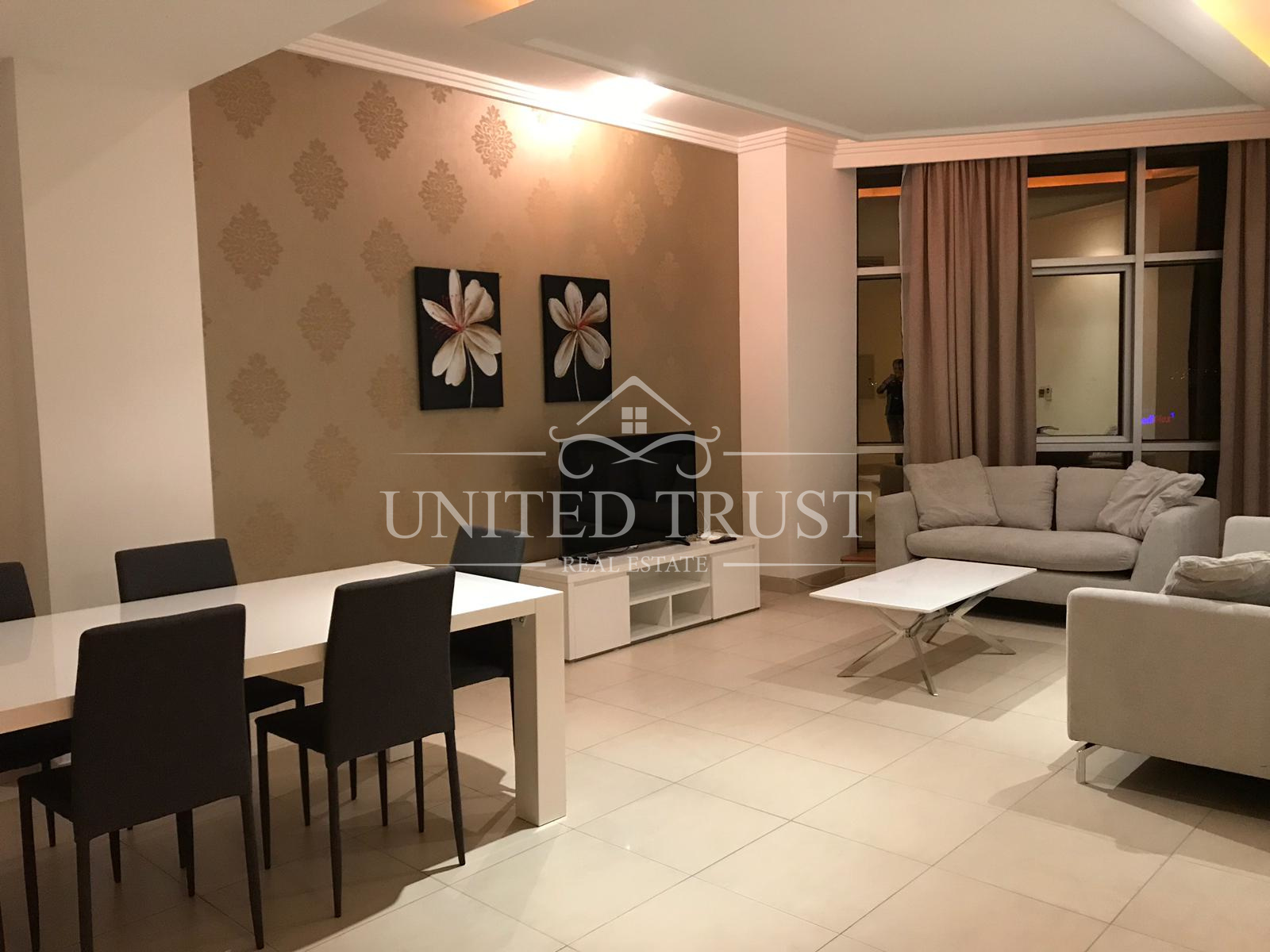 For rent a fully furnished 3 bedroom flat in Seef Ref: SEE-AZ-006