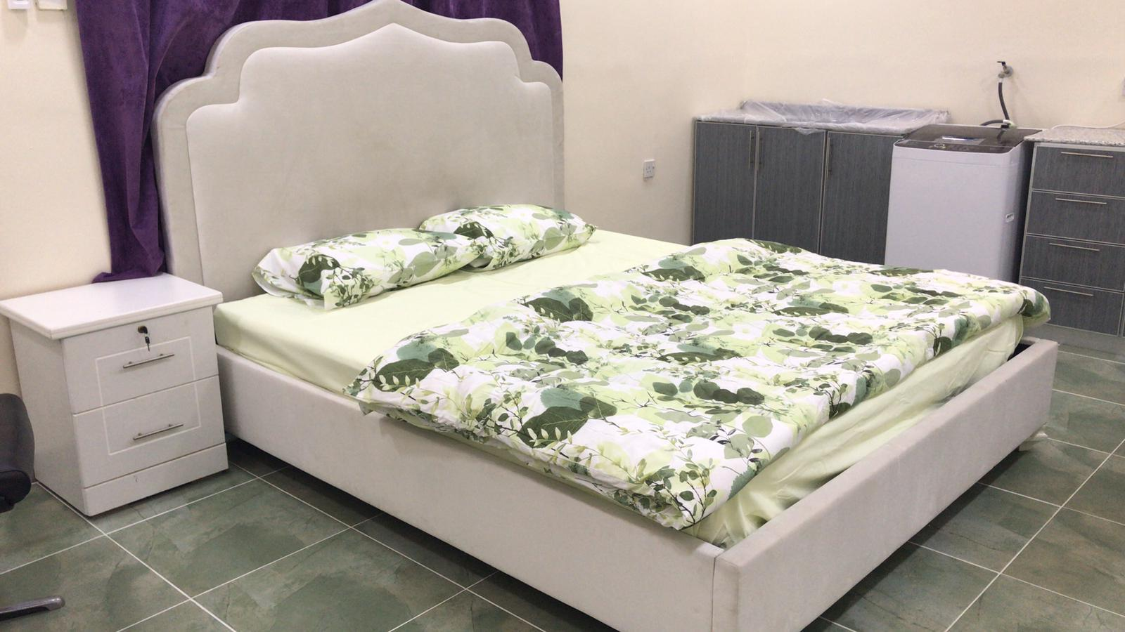 For rent a studio in Bu Ghazal Ref: BUG-AZ-001