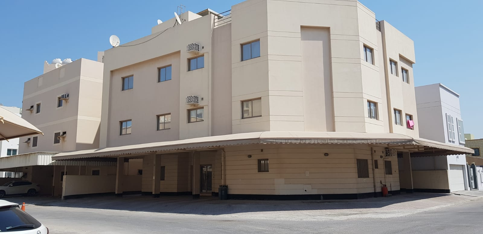 For sale a flat in Sanad in ground floor Ref: SAN-AZ-003