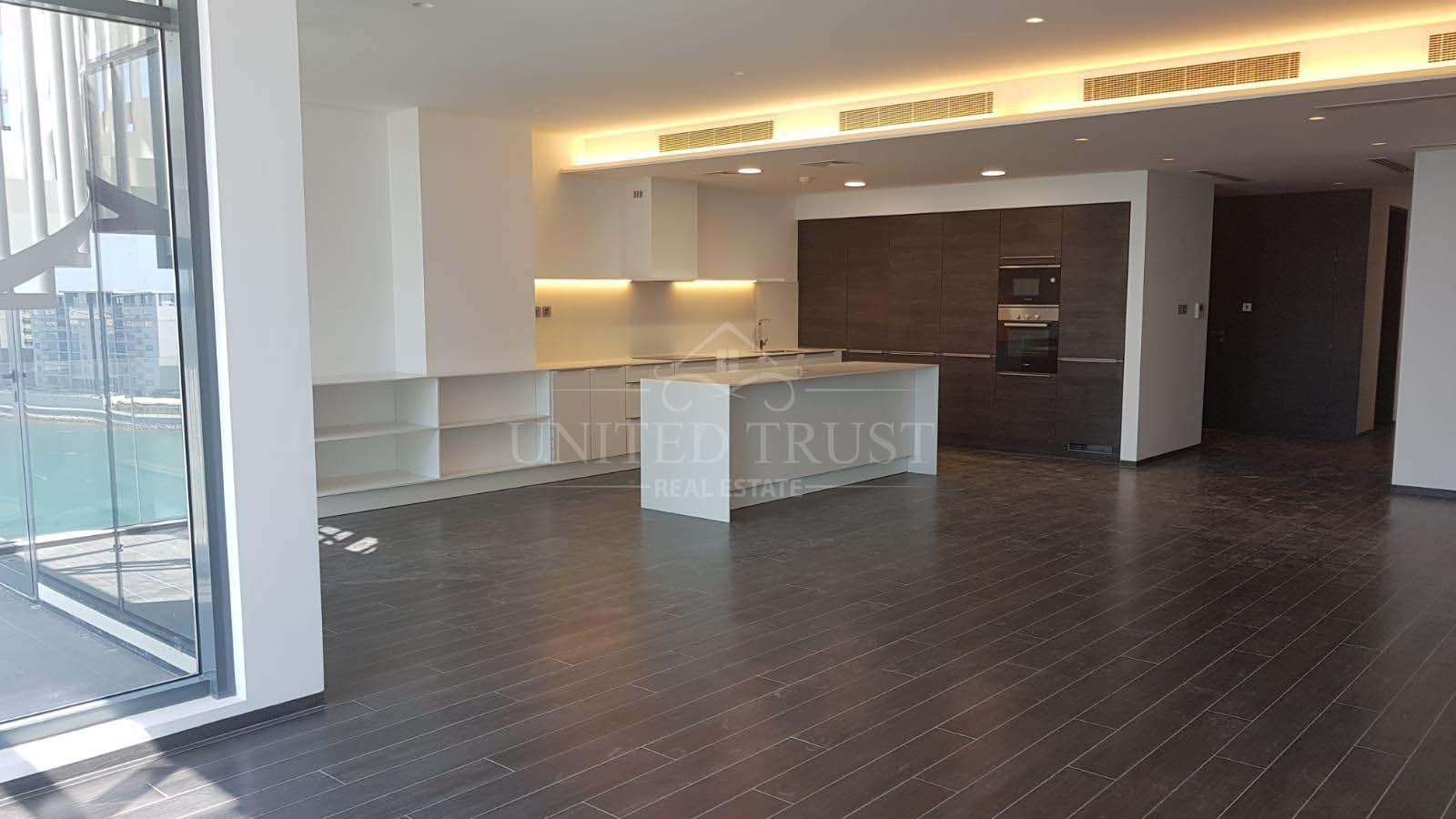 For Rent Luxurious Penthouse Apartment in Financial Harbour Ref: BBA-SB-013