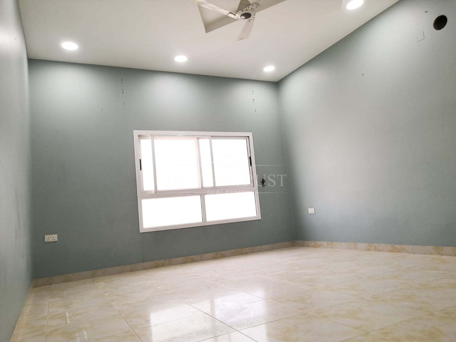 For Rent an unfurnished Apartment in Hidd Ref: HID-RW-002